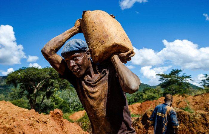 La Cina allunga le mani sulle risorse naturali dello Zimbabwe