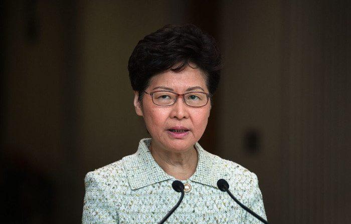 Il capo dell'esecutivo di Hong Kong definisce i manifestanti «estremamente egoisti»