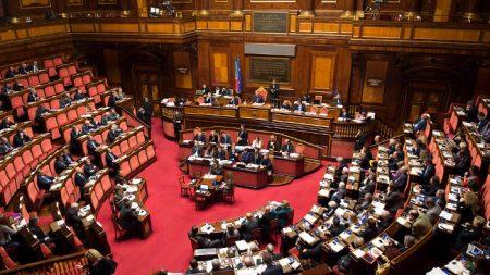 Perché il centrodestra si è astenuto dal votare la mozione Segre?