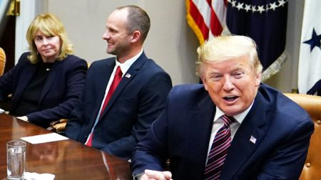 Trump, il taglio della burocrazia e il boom dell'economia americana