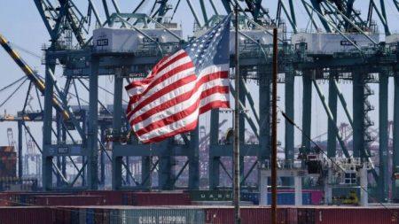 Con Trump, l'economia ha «frantumato» tutte le previsioni negative
