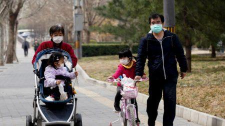 Cittadini cinesi insoddisfatti dall'esito dell'indagine sul medico Li Wenliang