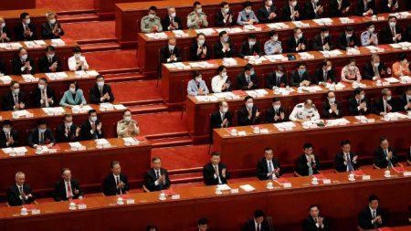 Il Parlamento fantoccio della Cina approva la legge sulla sicurezza per Hong Kong