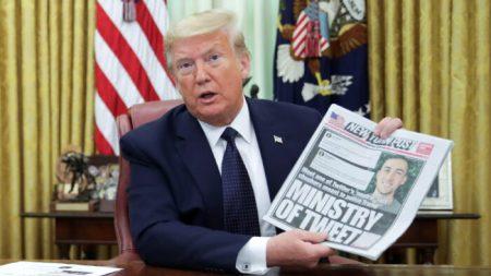 Trump firma un ordine esecutivo contro il pregiudizio politico dei social media