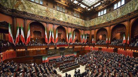Referendum sul taglio dei parlamentari, le ragioni del Sì e quelle del No