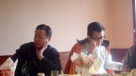 Attivista per i diritti umani cinese arrestato all'aeroporto, stava andando negli Usa