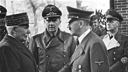 L'Occidente è come la Francia che si arrese a Hitler?