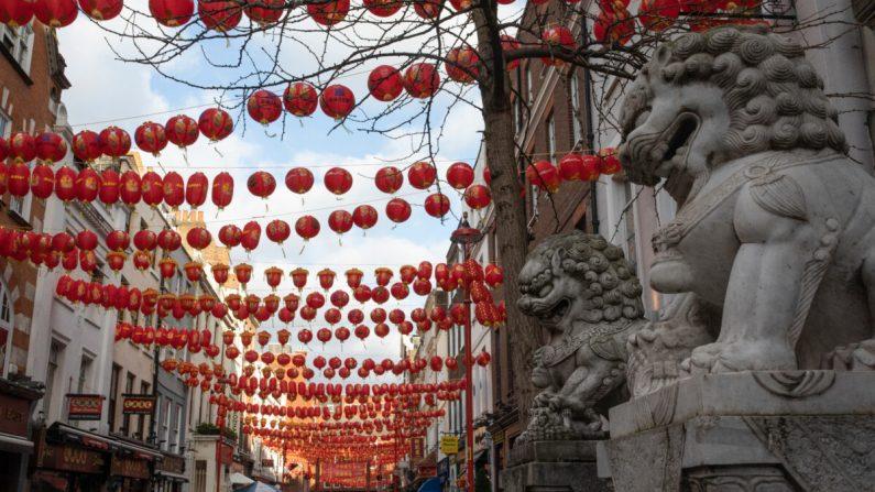 Per milioni di cinesi, l'ombra della persecuzione oscura i festeggiamenti per il nuovo anno