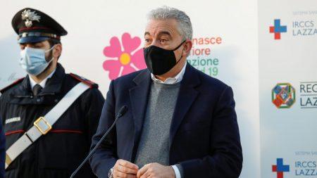 Draghi licenzia il commissario al Covid Domenico Arcuri