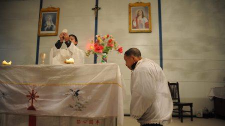 Regime cinese costruisce false accuse contro un pastore cristiano detenuto