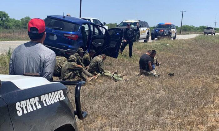 Contee del Texas dichiarano lo stato di emergenza per la crisi di confine