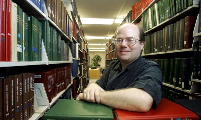 Il co-fondatore di Wikipedia avverte: «Wikipedia è più faziosa che mai»