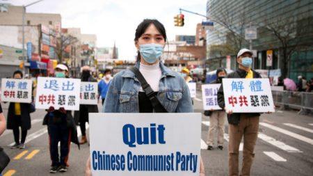 Il Pcc festeggia il centenario, ma sono già 380 milioni i cinesi che hanno lasciato il Partito