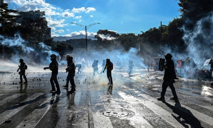 La Colombia è assediata dai narcoterroristi marxisti