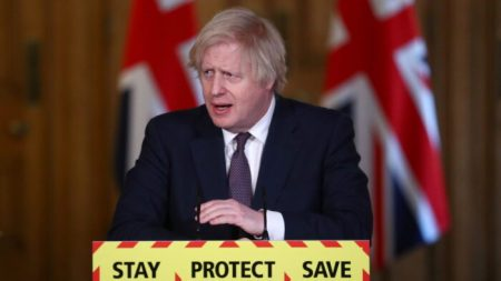 Boris Johnson: vera emergenza finita, rinuncio ai poteri speciali