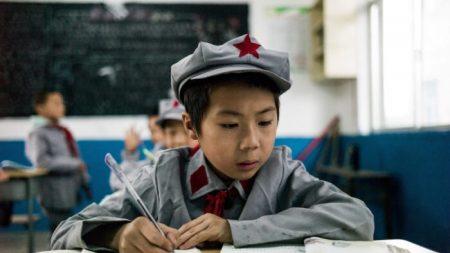 Cina, il Pcc indottrina gli studenti con 'il pensiero di Xi Jinping'