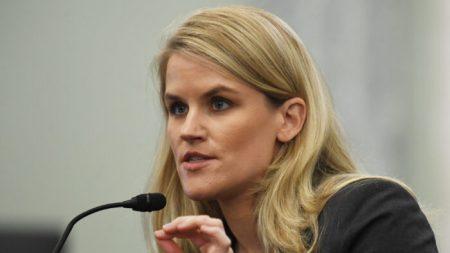 Ex manager Facebook 'vuota il sacco' in Senato, i sei punti chiave dell'audizione